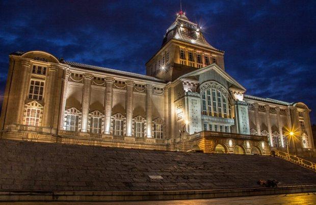 Muzeum Narodowe nocą, autor zdjęcia: Dominik Sękowski