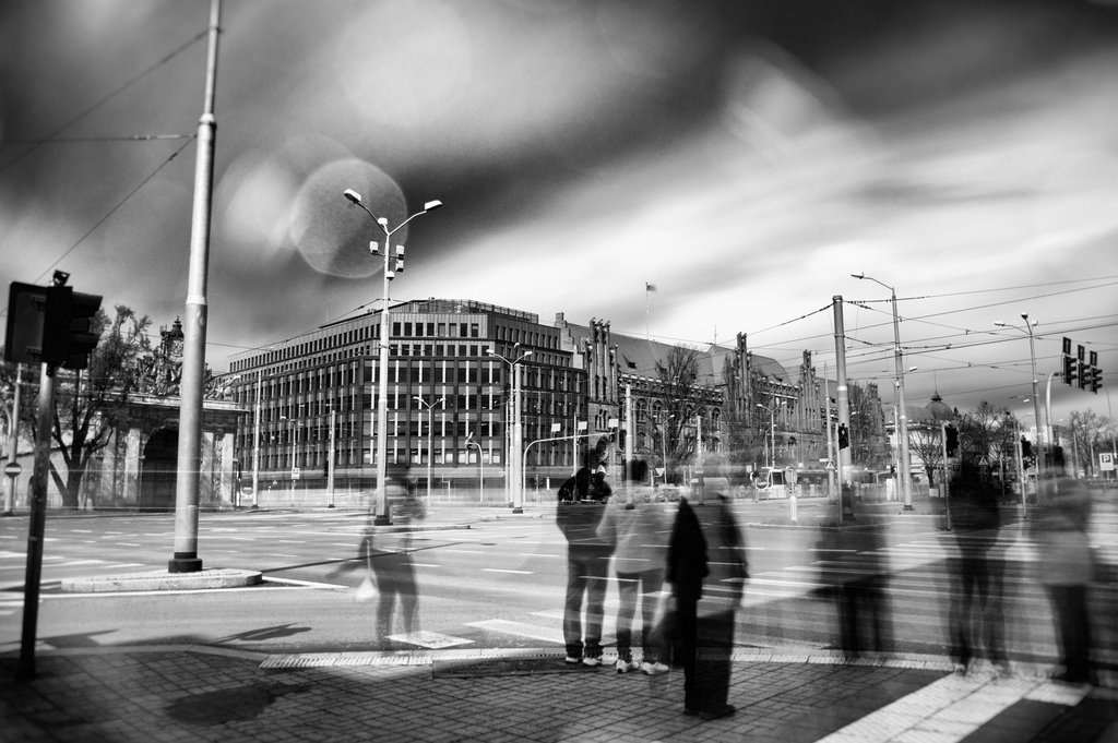 Wyróżnienie. Autor zdjęcia: Łukasz Grzegorek. Opis: Szczecin się rozwija. Brama Portowa. Jedna z wizytówek miasta, gdzie doskonale widać, jak nowe może się świetnie komponować ze starym.