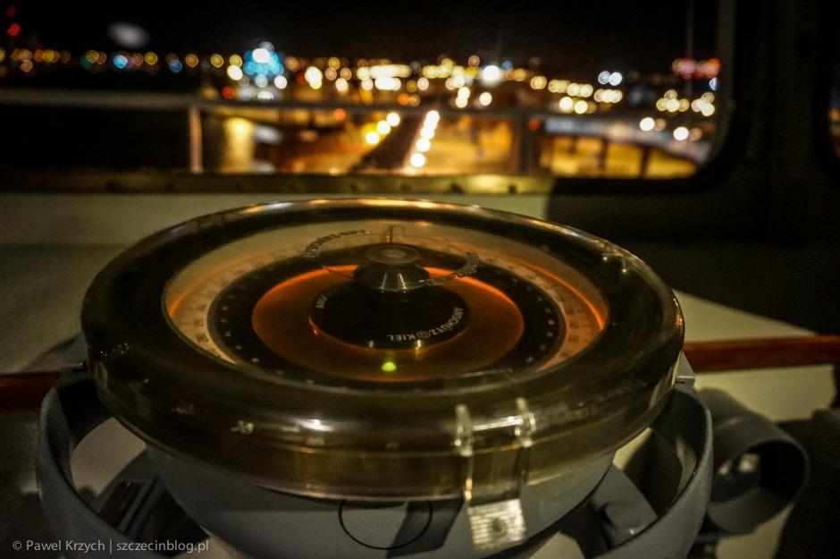 Technologia, technologią, ale dla klasycznych instrumentów nawigacyjnych zawsze znajdzie się miejsce.