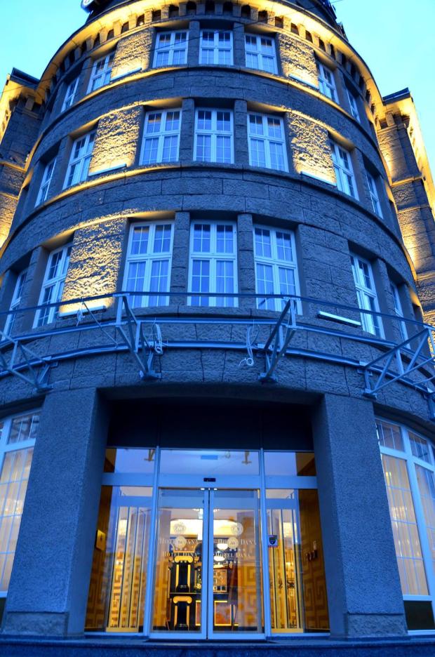 Hotel_Dana_budynek