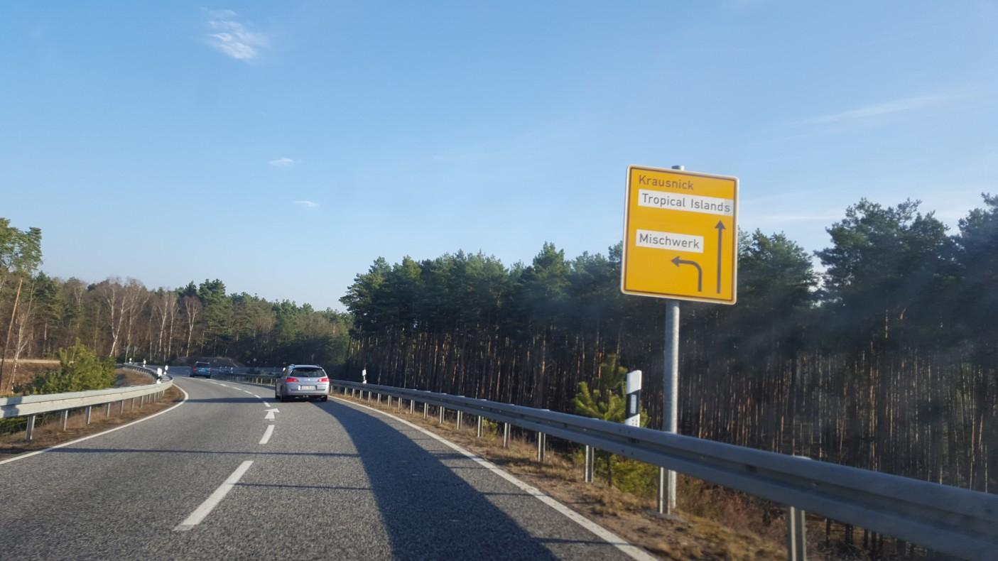 Sama trasa jest naprawdę prosta (większość czasu jedzie się jedną autostradą bez żadnych zjazdów).