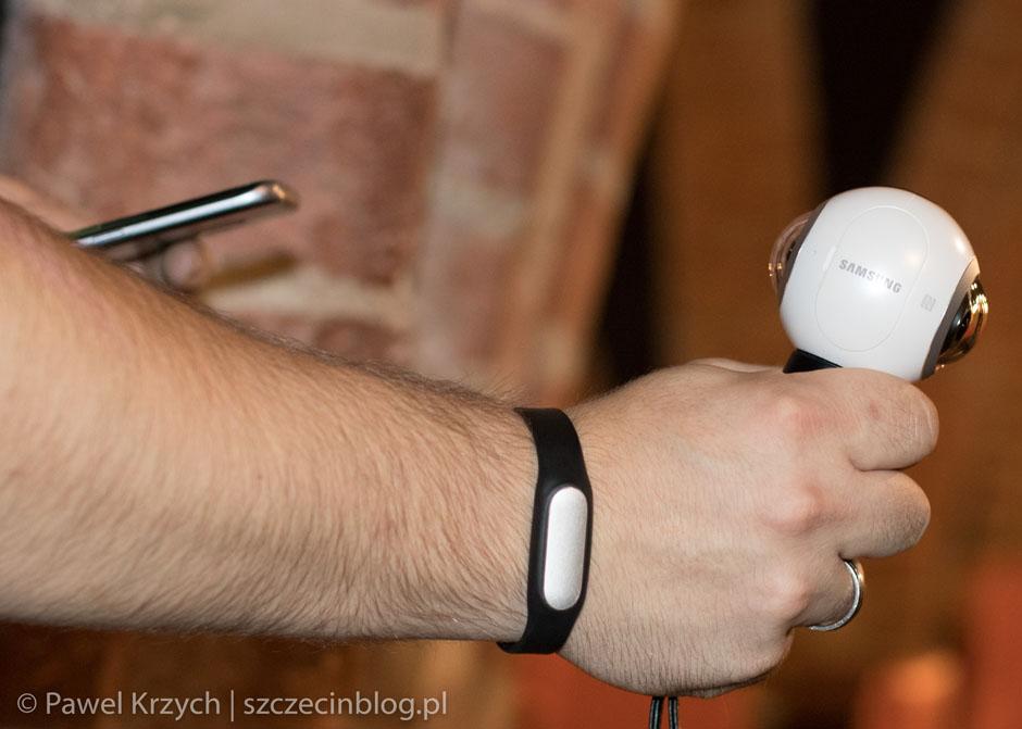 Nie zabrakło też nowoczesnej technologii, kamera Samsung Gear 360